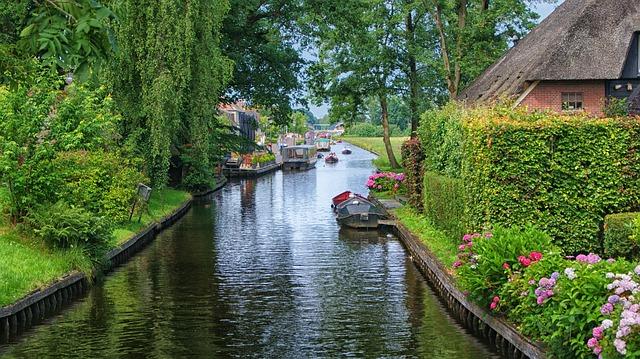 Giethoorn, holandské Benátky